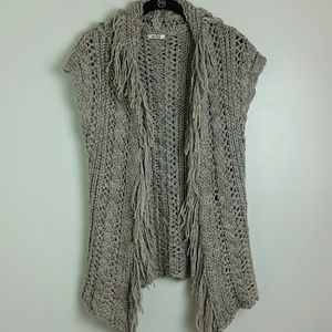Adore open knit fringed vest sz small